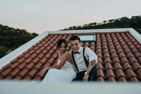 Create and manage a wedding budget
